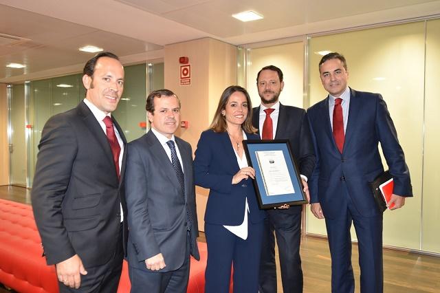 Foto entrega Santander AENOR